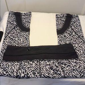 Lululemon cropped patterned pant